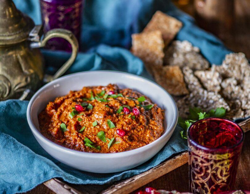 Muhammara ehk röstitud paprika ja Kreeka pähkli määre