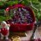 Punastel laevadel on jõulud. Kihiline peedi-heeringavorm sealtsamast jõululaualt ka